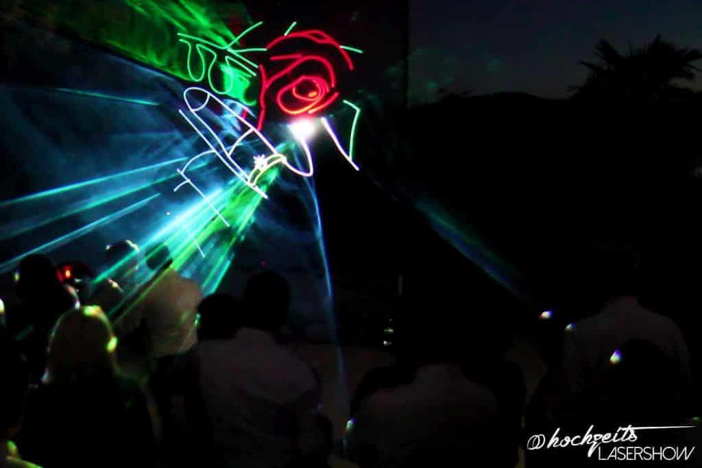 Lasershow Grafik Hochzeitsfeier mit einer Familie