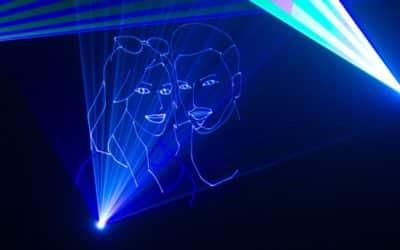 Lasershow zur Hochzeit für Sandy und Arol