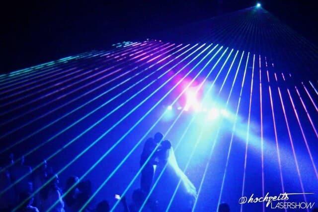 Lasershow Laserstrahlen Hochzeit